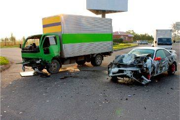 Differences Between Truck And Car Accident Cases