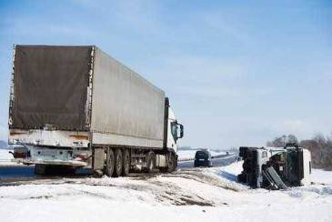 What common mistakes should I avoid when making a truck accident claim